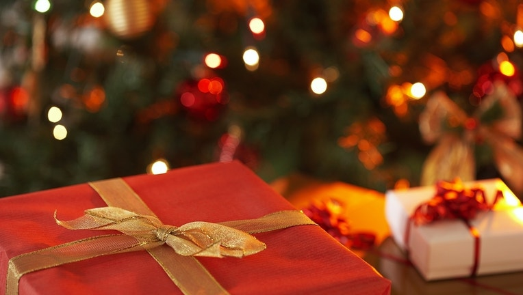 christmas20present_1449499776384_591152_ver1.0.jpg