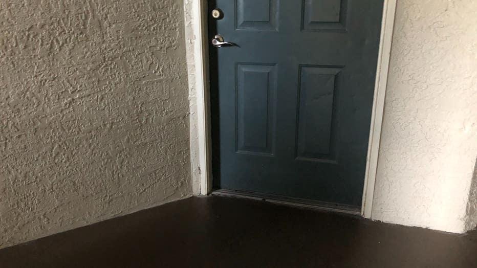 doorstep-where-baby-was-found.jpg