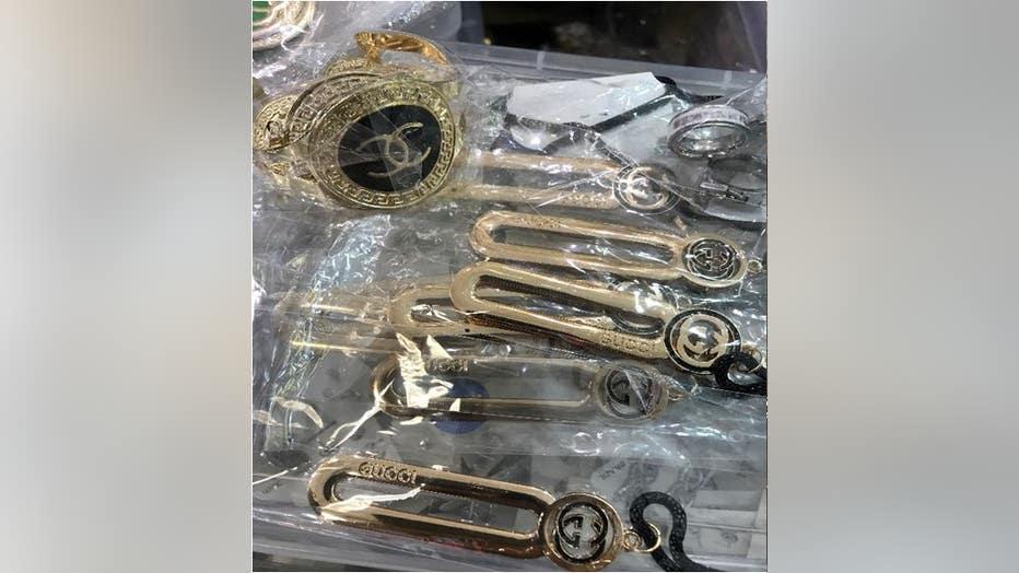 fake-jewelry-5.jpg