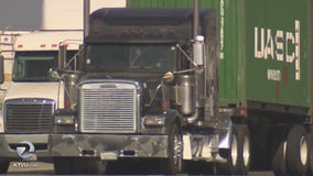 Judge rules with truckers, issues temporary block to AB5