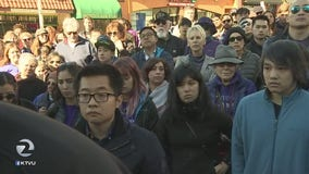 Memorial for man killed in Oakland laptop robbery draws hundreds