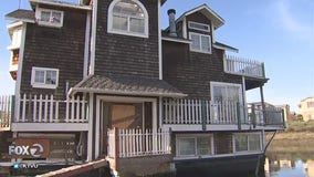 Redwood City says floating home community violates state law