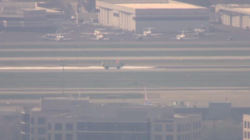 Small plane to make emergency landing at San Jose airport