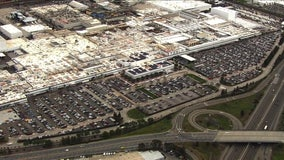 SkyFOX over Fremont Tesla plant as vehicle production continues without interruption