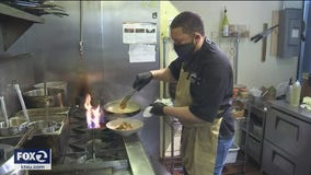 Oakland chef feeds unemployed restaurant workers
