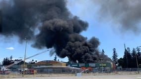 3-alarm San Jose blaze destroys sizable portion of abandoned San Jose strip mall