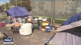 Homeless camp takes over tennis courts near Oakland's Lake Merritt