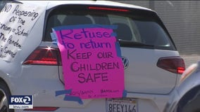 Group protests to keep Oakland schools closed and children safe