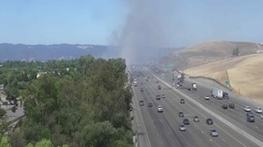 Vegetation fire causes traffic backup on I-580 in Livermore