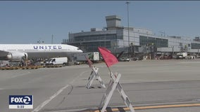 United Airlines layoffs to start next month