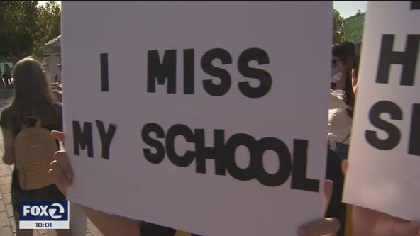 'No more Zoom:' Fed up with distance learning, families rally for in-person education