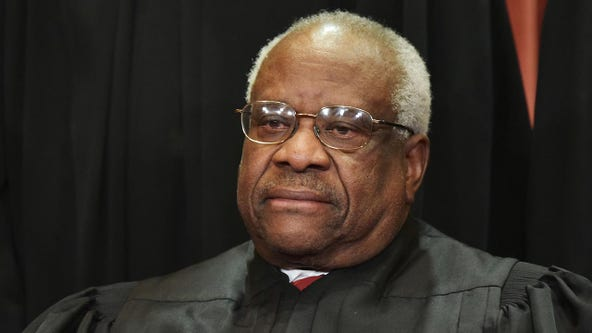 Justice Clarence Thomas administers Supreme Court oath to Amy Coney Barrett at White House