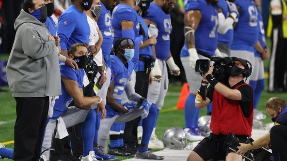 Trump gives two-word response in reaction to NFL players kneeling before Thanksgiving Day game
