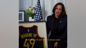 Curry, Warriors honor VP Kamala Harris in win over Spurs