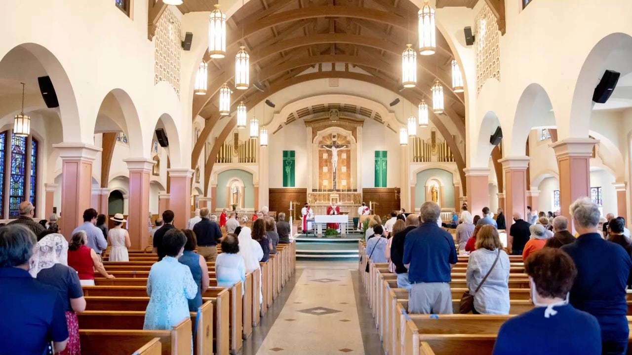 Supreme Court Lifts Santa Clara County's Ban on Indoor Worship Services