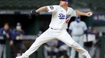 Jake McGee guaranteed $5 million in 2-year deal with SF Giants