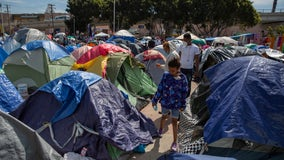 Unaccompanied migrant kids may be housed on Central California base