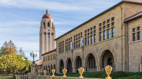 Stanford to require weekly COVID tests for unvaccinated employees one-month sooner