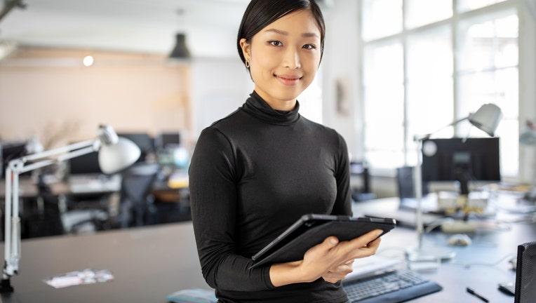 0c23cf32-Credible-employer-student-loan-assistance-iStock-1212006375.jpg