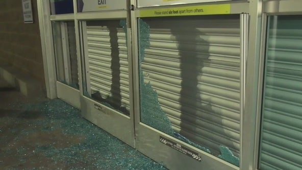 Looters smash windows at electronics stores in Oakland, Emeryville