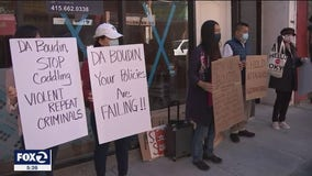 Protesters in Chinatown say SF D.A. Chesa Boudin's policies make city more dangerous