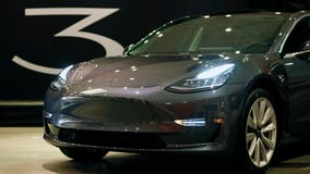 Safety ratings yanked after Tesla pulls radar from Model S and Model Y vehicles