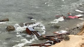 3 killed, 27 hospitalized after suspected smuggling boat capsizes off San Diego coast