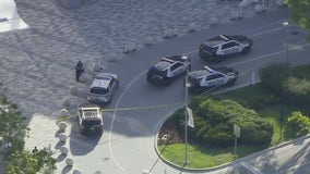 3 people injured in Florida mall shooting, suspects in custody