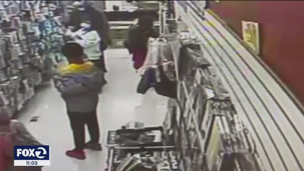 San Francisco Chinatown shop owner, good Samaritan attacked during weekend robbery