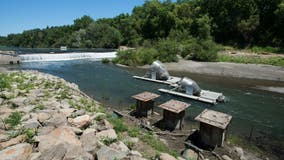 Russian River inflatable dam replacement to close boating access throughout summer