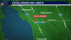 1 person killed in multi-vehicle crash on I-880 in Hayward