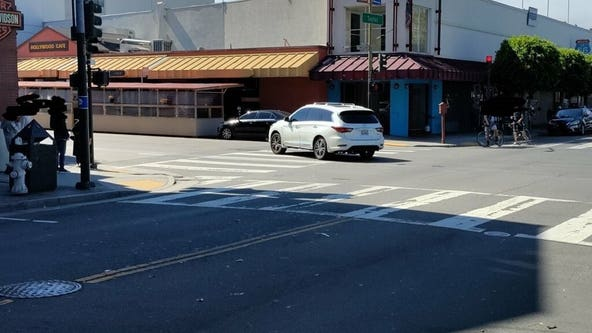 SFPD investigating pedestrian struck by driver at Fisherman's Wharf
