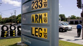 Average national price of gas rises 5 cents per gallon to $3.21, Bay Area average is $4.39