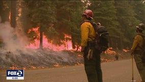 Caldor Fire threatens Lake Tahoe, shrouds area in toxic smoke