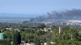 Fire near Redwood City gas station sends black smoke over Peninsula