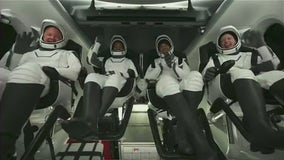 SpaceX's 1st tourists splash down in the Atlantic after 3 days in orbit
