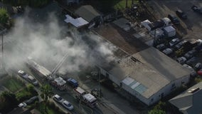 Crews knock down commercial structure fire in San Jose, cause unknown