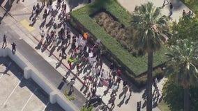 Parents, students protest California school vaccine mandate
