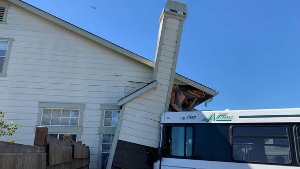 Stolen vehicle pursuit results in AC Transit bus crashing into Oakland home
