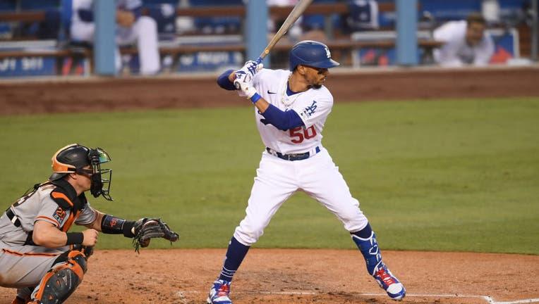 b3bab004-San Francisco Giants v Los Angeles Dodgers