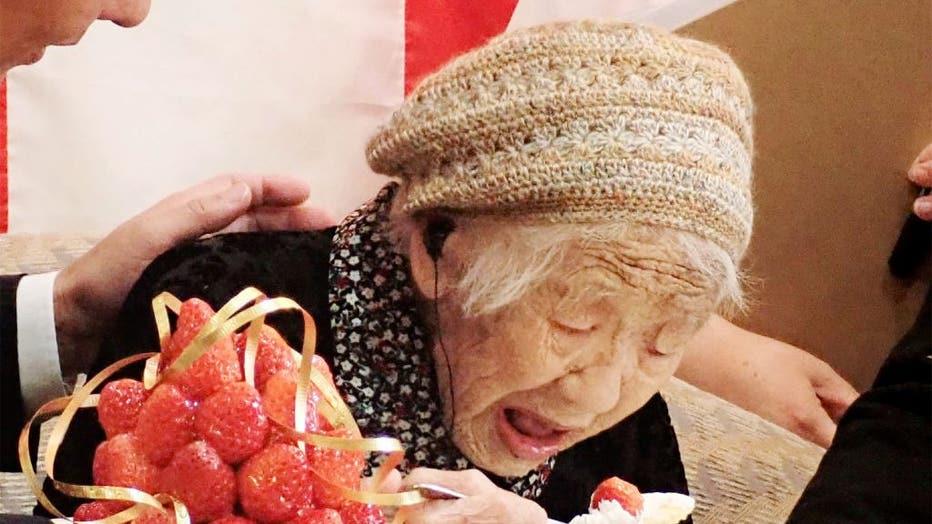 ebfe2053-TOPSHOT-JAPAN-PEOPLE-OLDEST-GUINNESS
