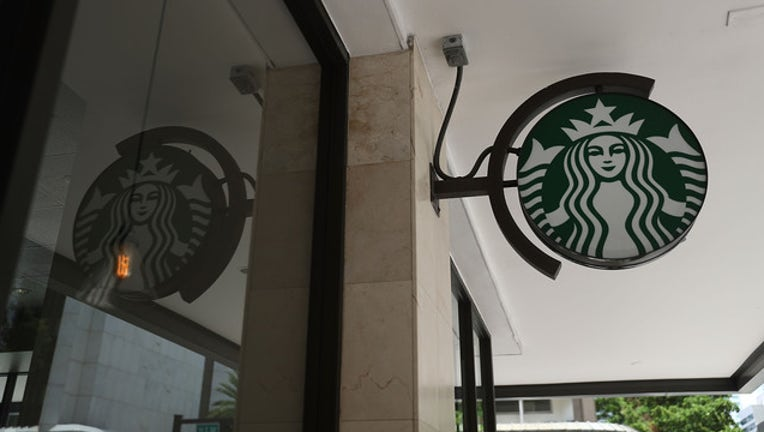 35d82990-Starbucks sign (GETTY)-408200