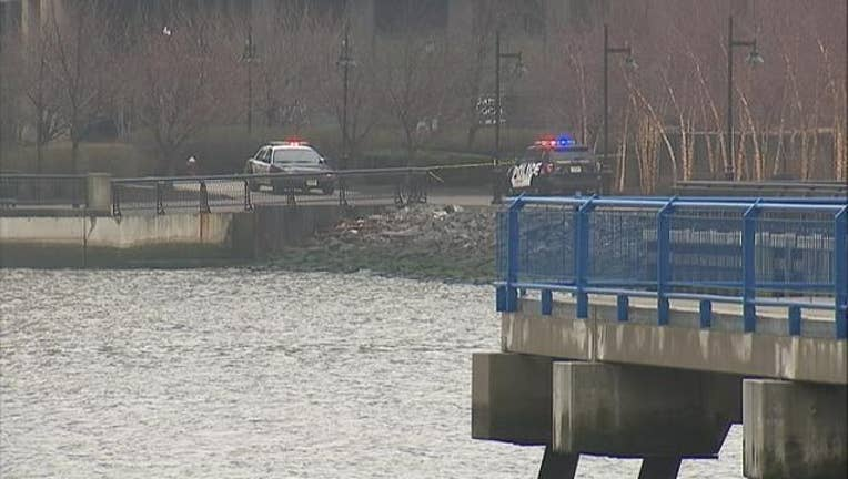 747466cd-2 Bodies Pulled From Hudson River, 2-402970