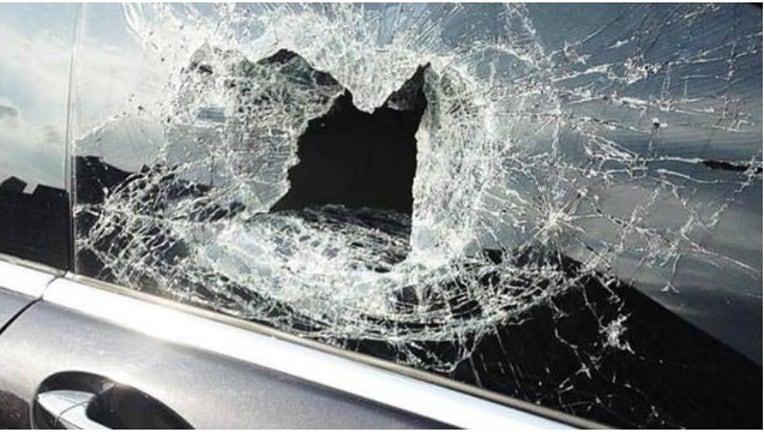 89c6cedb-cars damaged_1489066289203-404959.jpg