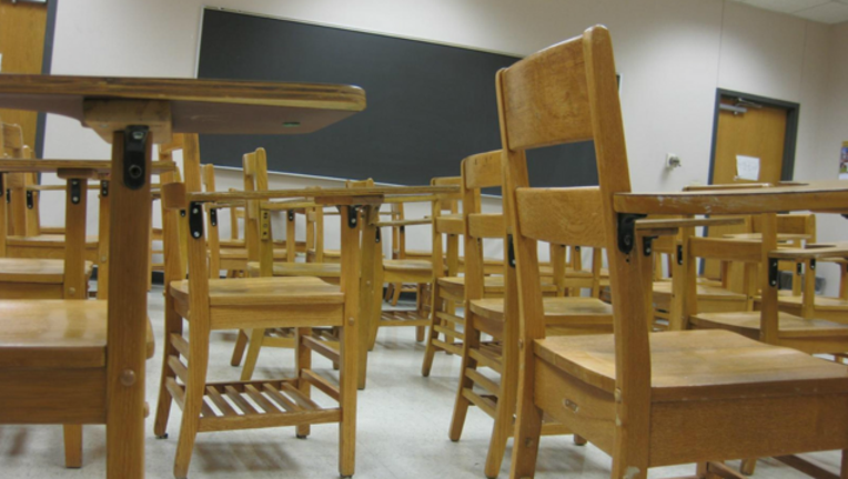 chairs-classroom-school_1487090219766-404023-404023.png