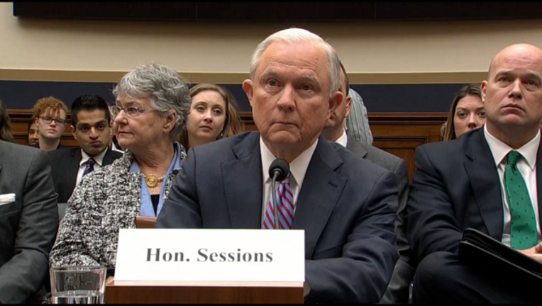 a54d0ee4-jeff_sessions_congress_russia_probe_111417_1510673239950-401096-401096.PNG