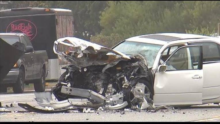 2c0d4d14-Jenner crash in Malibu on PCH-407068