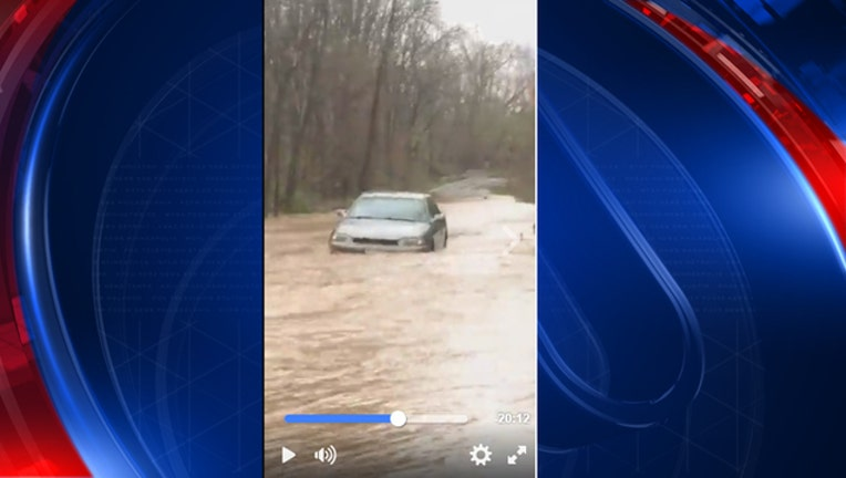 b462593b-WBFF water rescue on Facebook Live-401720
