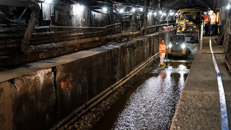 AP_Amtrak_Hudson_tunnel_2.jpg