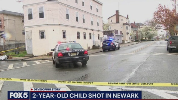 2-year-old girl shot in Newark expected to recover